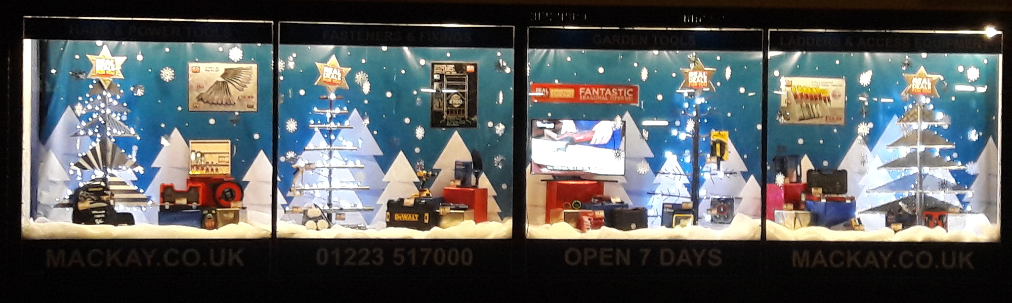Christmas Window Winners