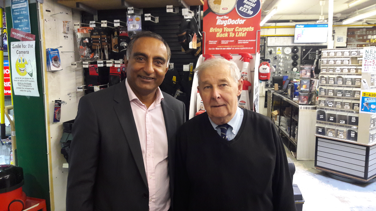 President Visits Mackays of Cambridge